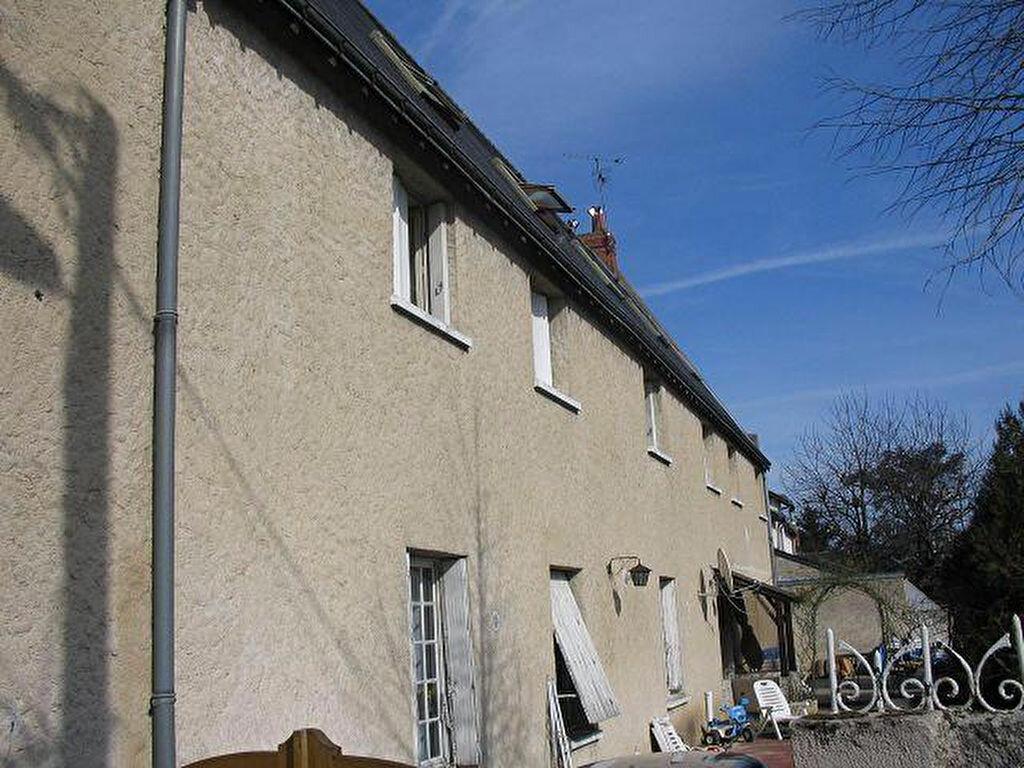 Location Appartement 1 pièce à Saint-Pierre-des-Corps - vignette-1