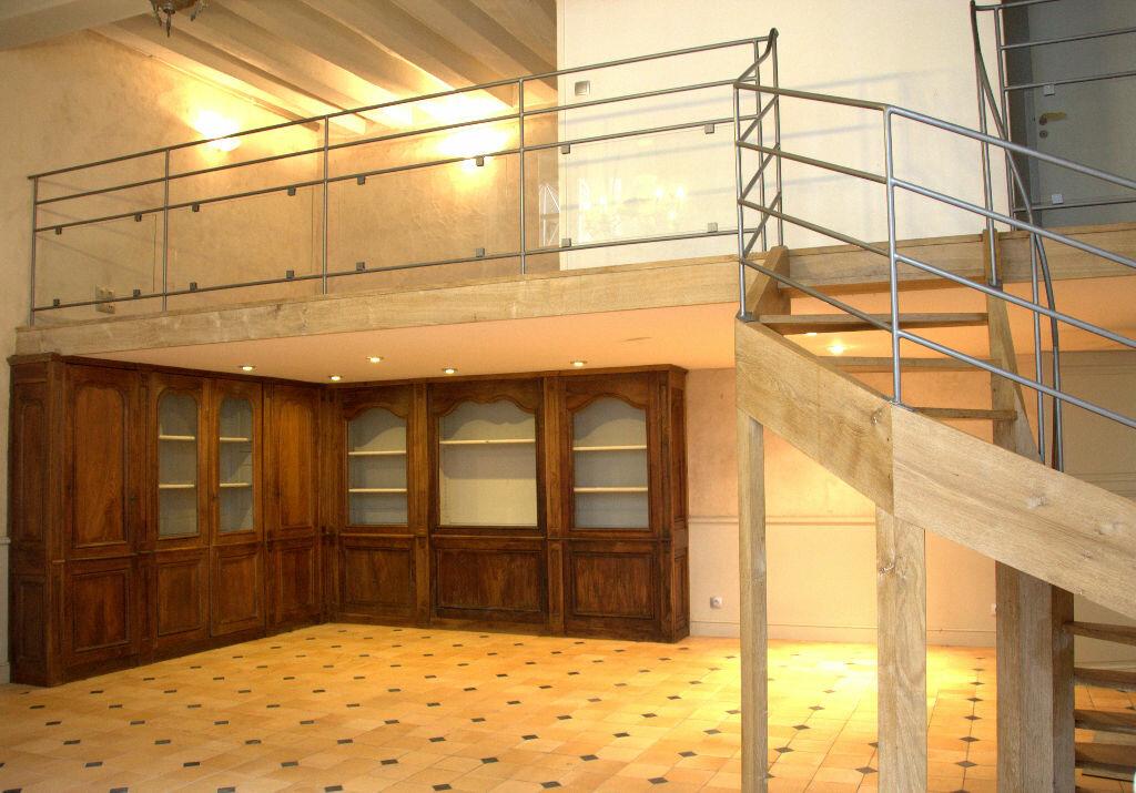 Achat Appartement 4 pièces à Tours - vignette-2