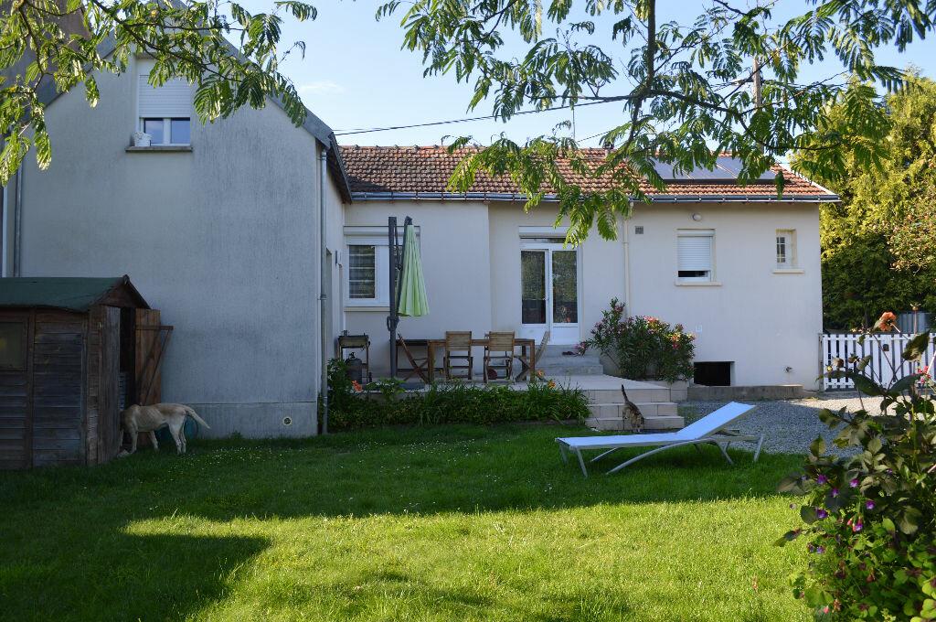 Achat Maison 6 pièces à Montlouis-sur-Loire - vignette-2