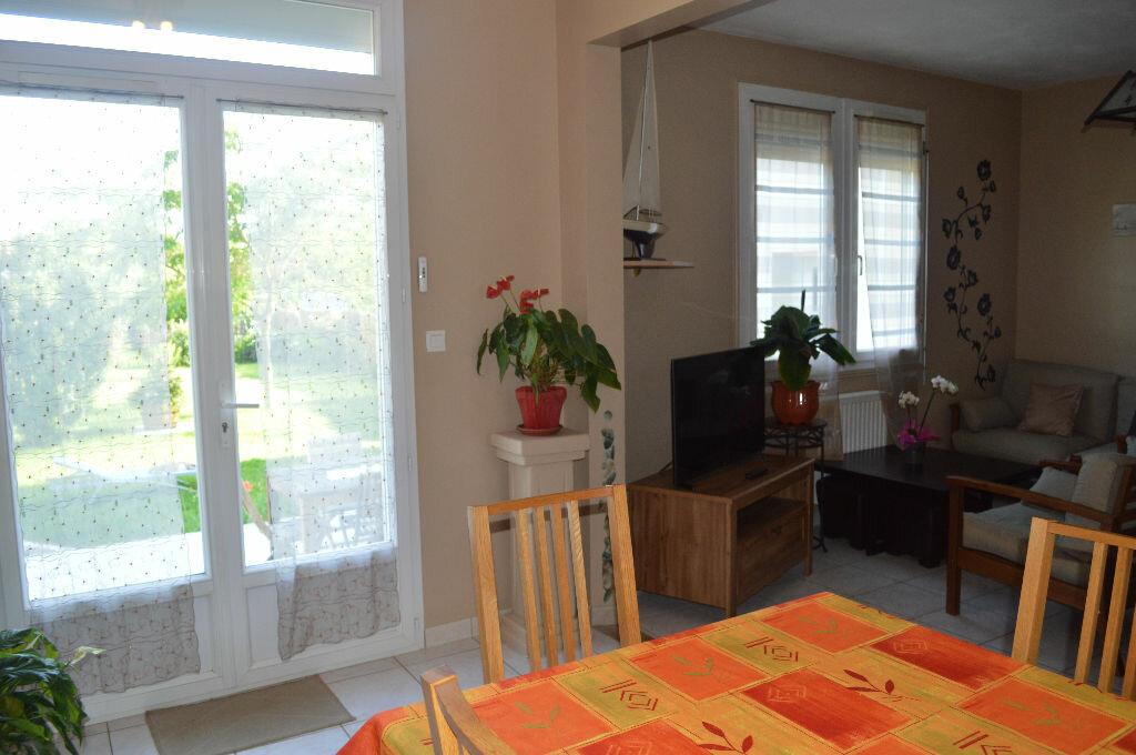 Achat Maison 6 pièces à Montlouis-sur-Loire - vignette-3