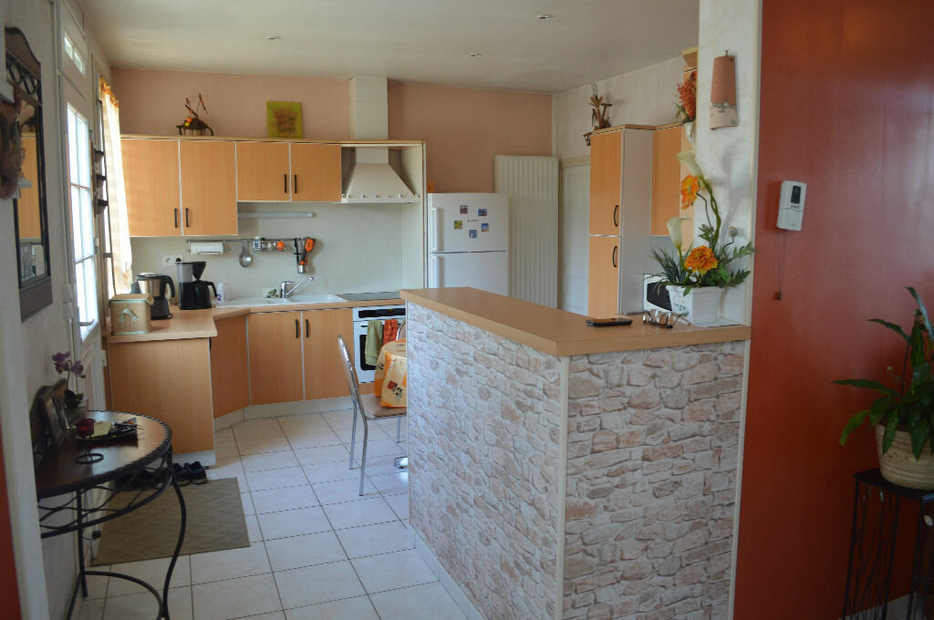Achat Maison 6 pièces à Montlouis-sur-Loire - vignette-5