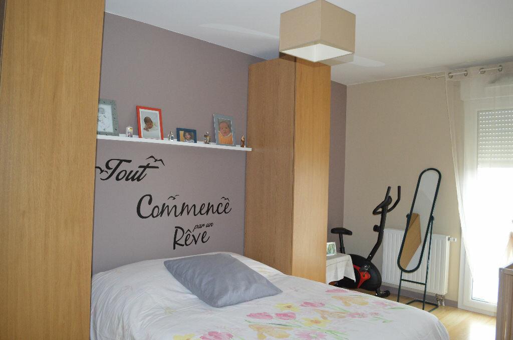 Achat Appartement 4 pièces à Saint-Pierre-des-Corps - vignette-6
