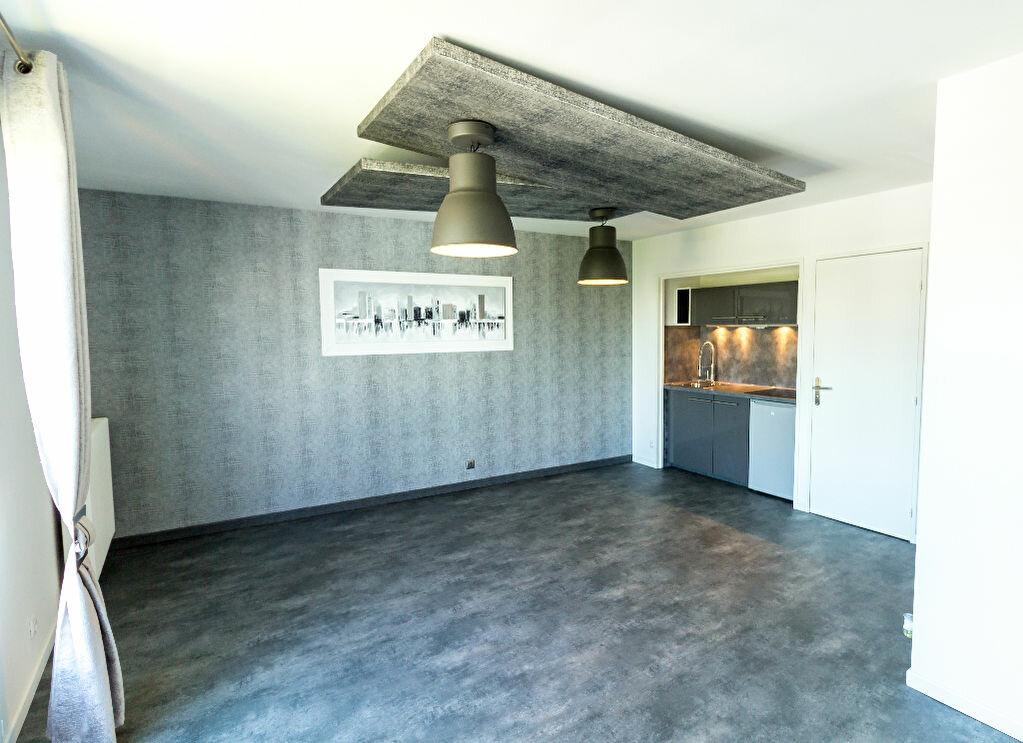 Achat Appartement 1 pièce à Tours - vignette-1