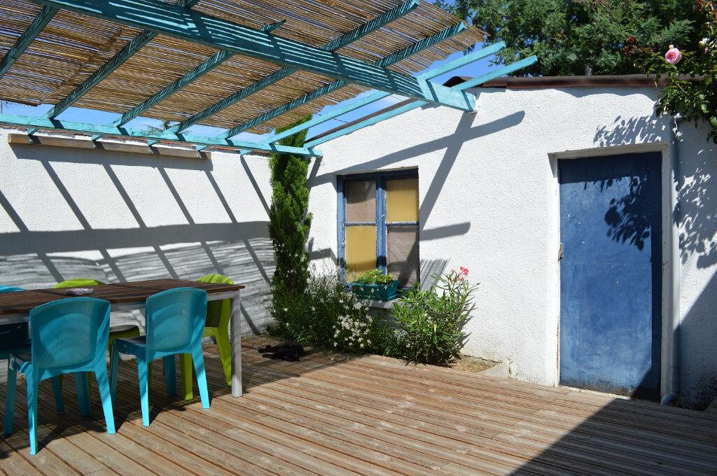 Achat Maison 4 pièces à Saint-Pierre-des-Corps - vignette-4