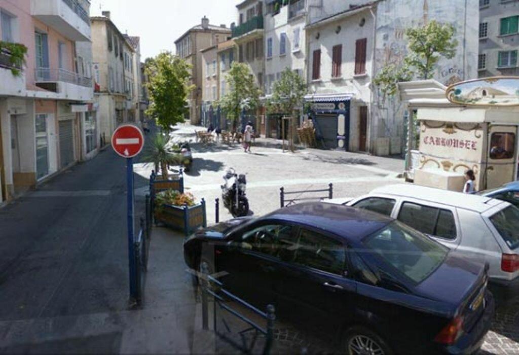 Location Local commercial  à La Seyne-sur-Mer - vignette-1