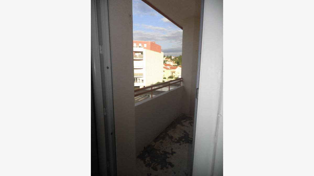 Location Appartement 3 pièces à La Seyne-sur-Mer - vignette-7