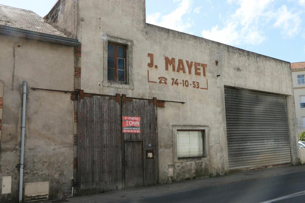 Achat Entrepôt  à Bressuire - vignette-1