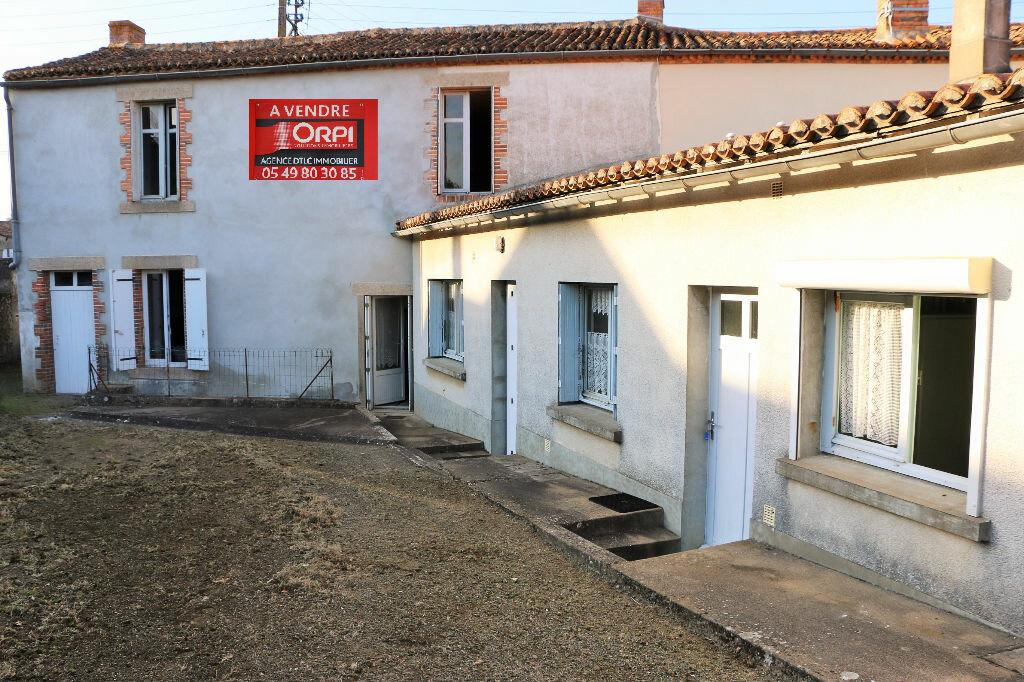 Achat Maison 5 pièces à Bressuire - vignette-1