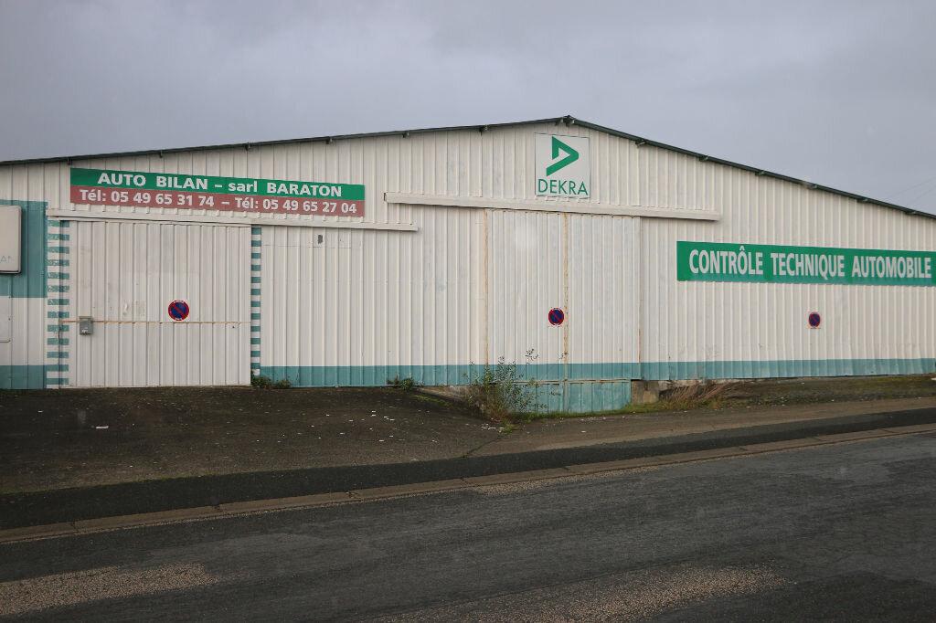 Achat Local d'activité  à Bressuire - vignette-3