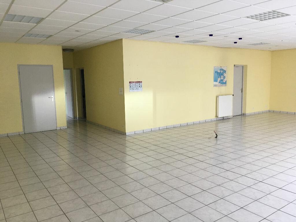 Location Bureaux  à Bressuire - vignette-1