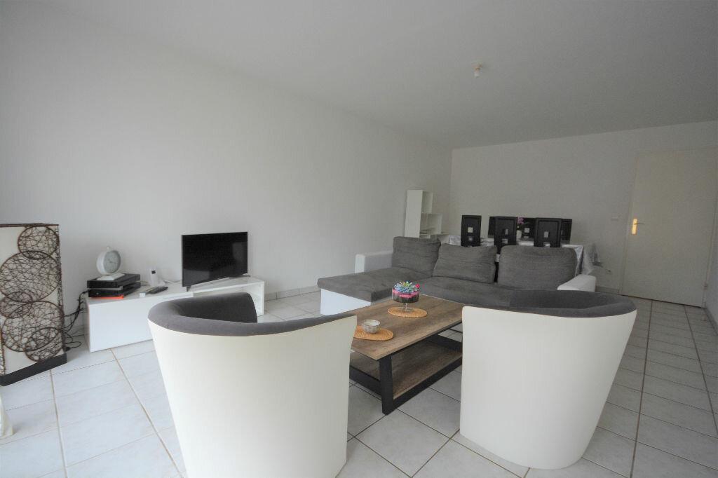 Location Appartement 3 pièces à Abbeville - vignette-2
