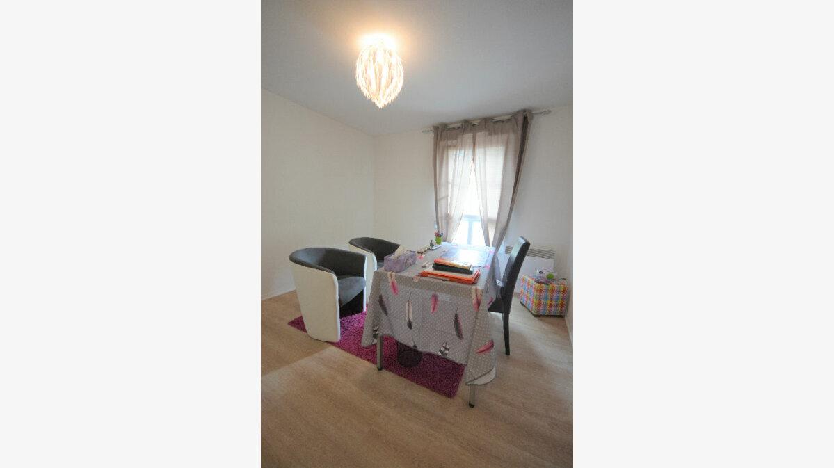 Location Appartement 3 pièces à Abbeville - vignette-3