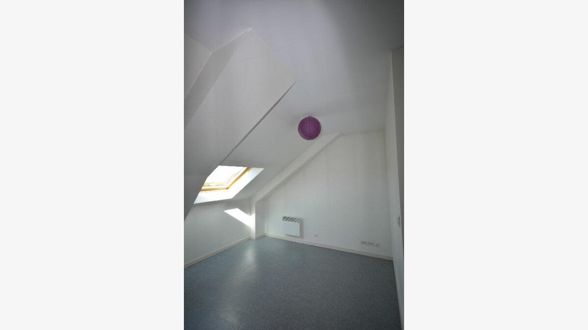 Location Appartement 1 pièce à Abbeville - vignette-1