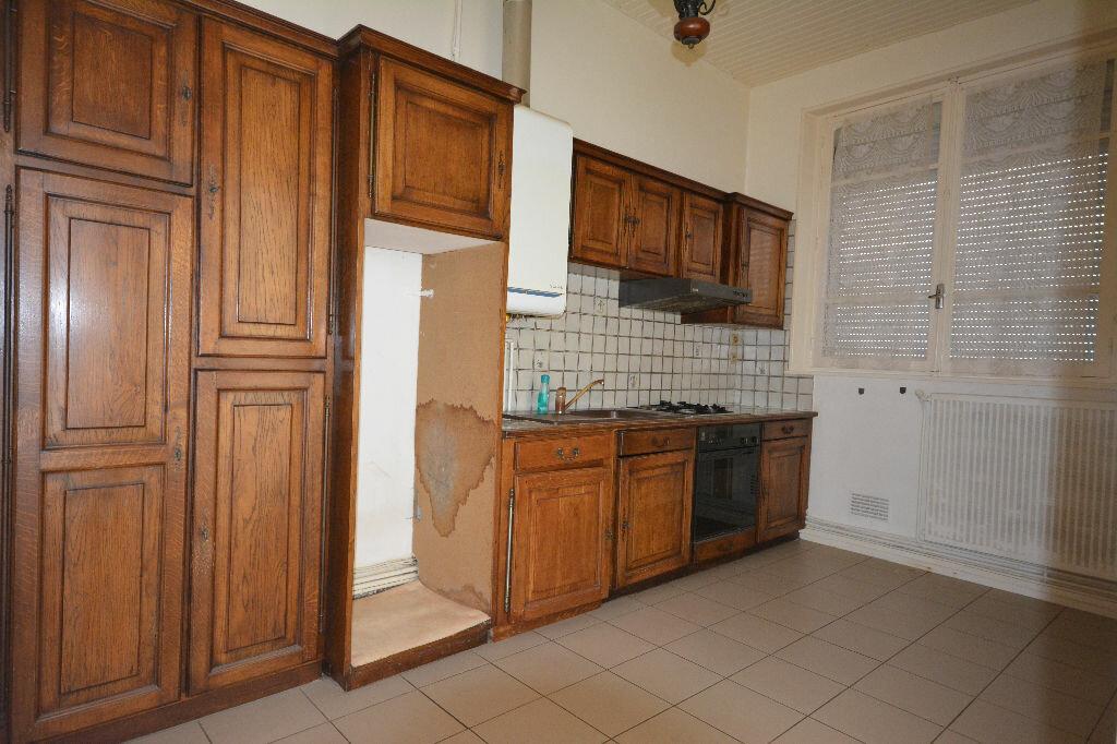 Achat Appartement 2 pièces à Abbeville - vignette-2