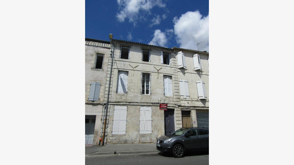 Achat Immeuble  à Rochefort - vignette-1