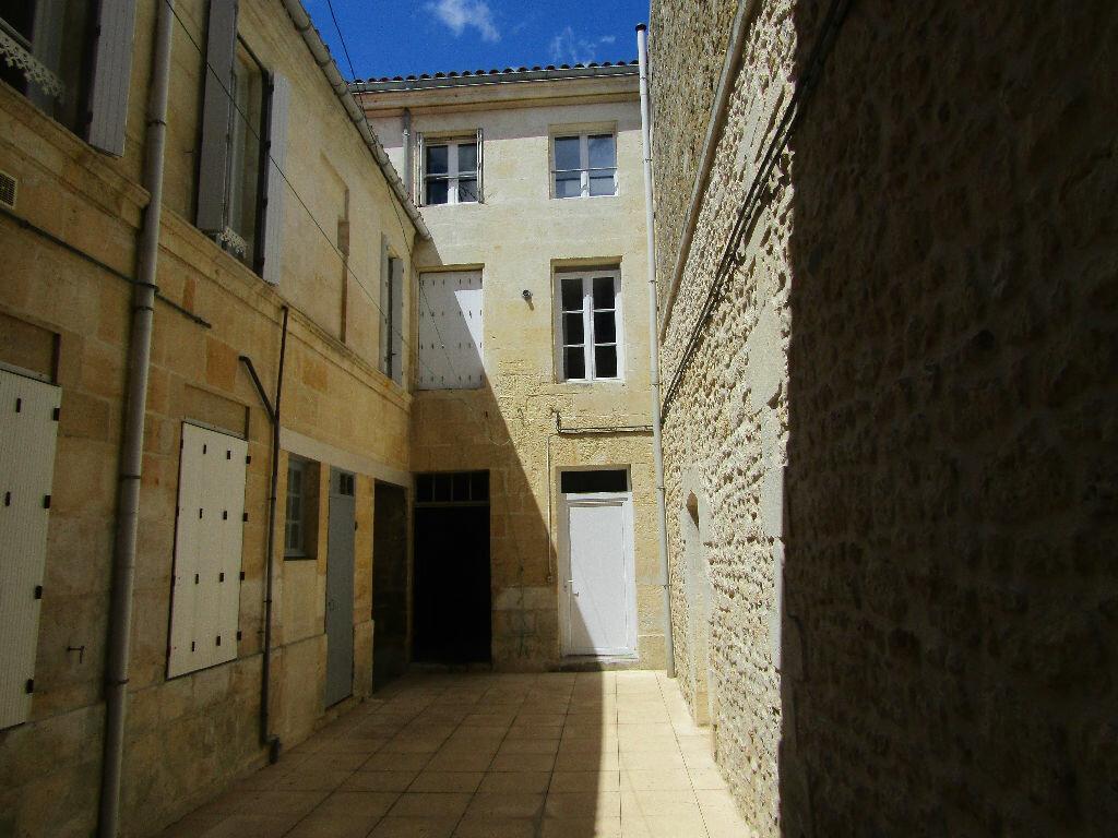 Achat Immeuble  à Rochefort - vignette-2