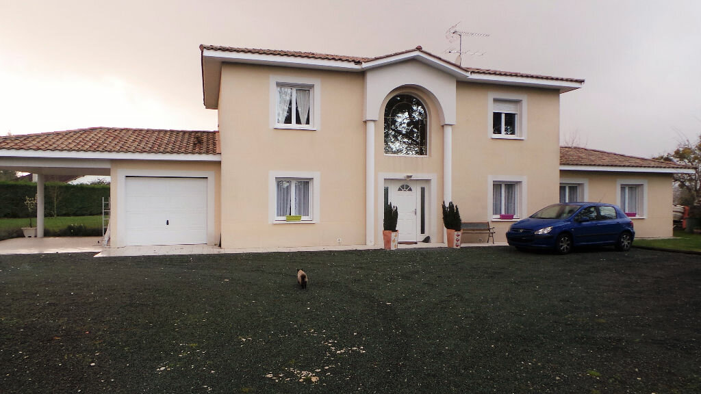 Achat Maison 7 pièces à Saint-Pierre-de-Mons - vignette-1
