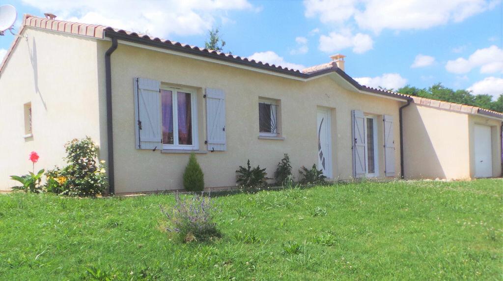 Achat Maison 4 pièces à Saint-Pierre-d'Aurillac - vignette-1