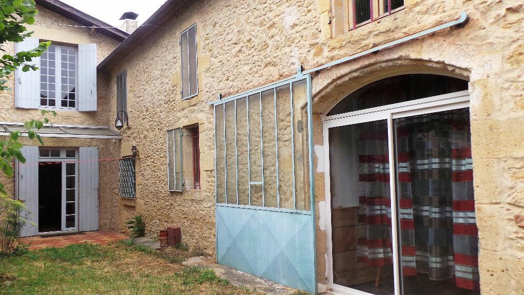 Achat Maison 8 pièces à Saint-Pierre-d'Aurillac - vignette-1