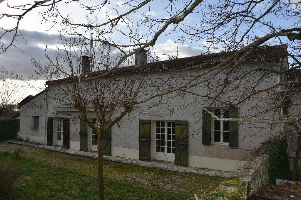Achat Maison 4 pièces à Saint-Maixant - vignette-1