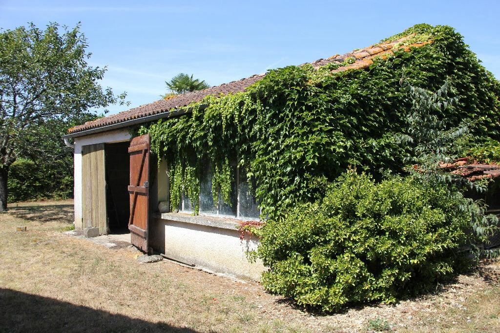 Achat Maison 4 pièces à Saint-Maixant - vignette-3