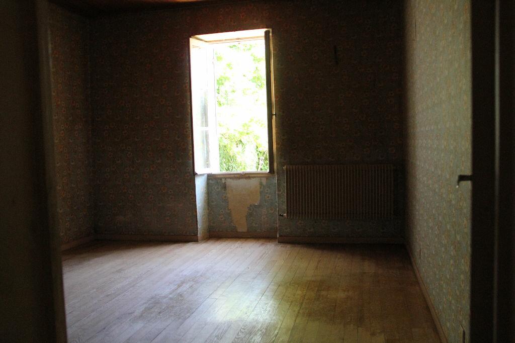 Achat Maison 4 pièces à Saint-Maixant - vignette-8