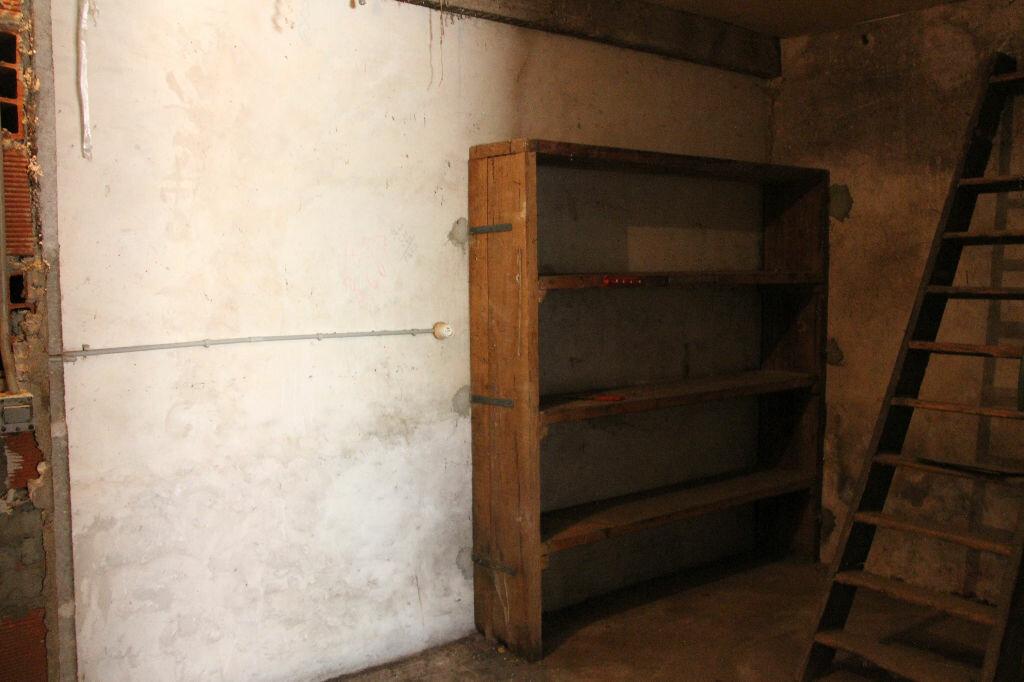 Achat Maison 4 pièces à Saint-Maixant - vignette-9