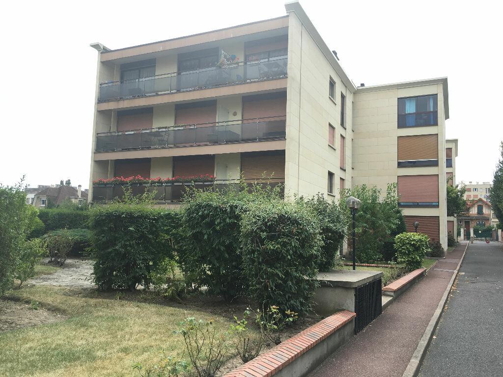 Achat Appartement 4 pièces à Enghien-les-Bains - vignette-3