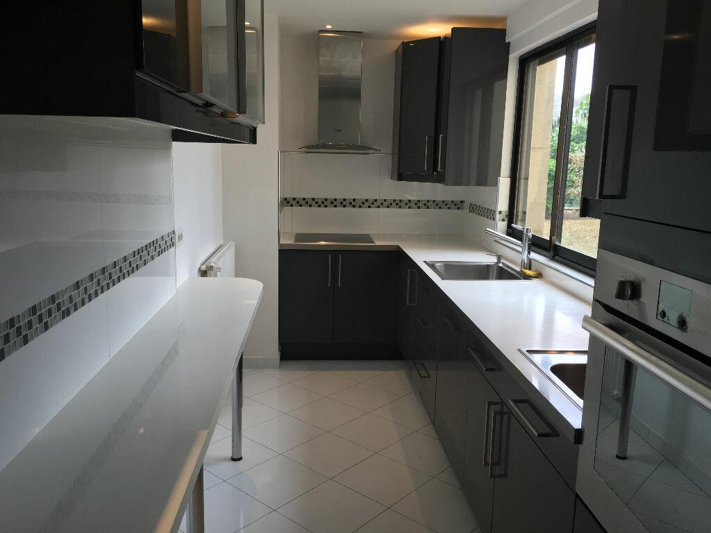 Achat Appartement 4 pièces à Enghien-les-Bains - vignette-4