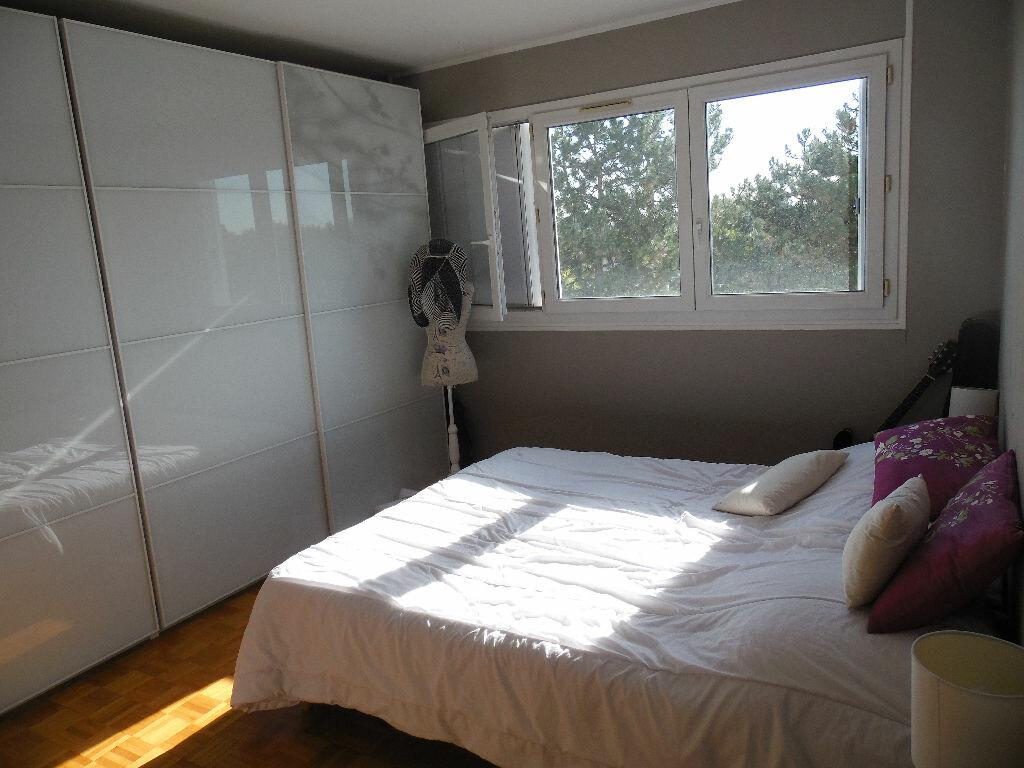 Location Appartement 5 pièces à Saint-Gratien - vignette-1