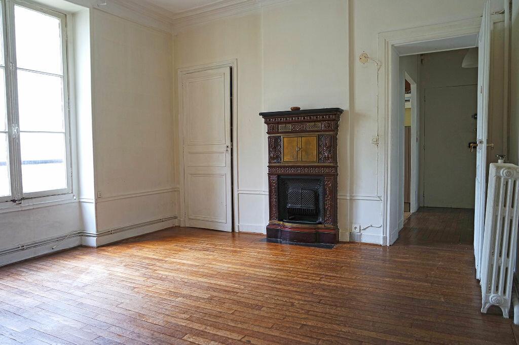 Achat Appartement 4 pièces à Paris 17 - vignette-1