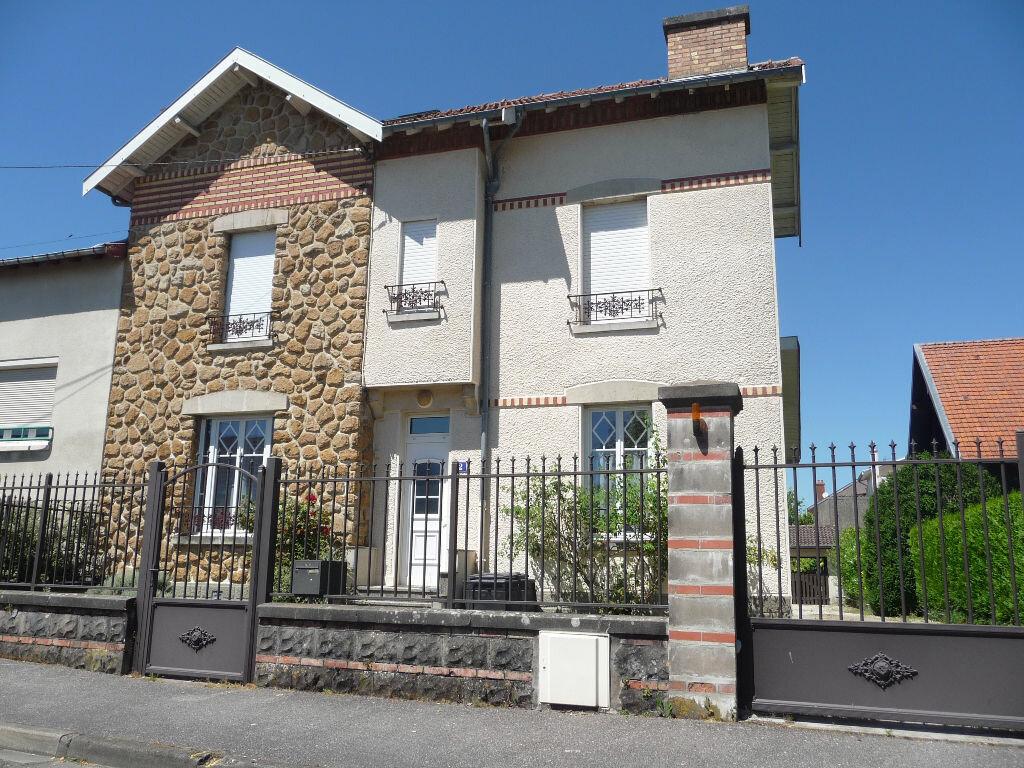 Location Maison 3 pièces à Revigny-sur-Ornain - vignette-1