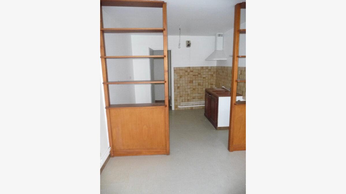 Achat Appartement 5 pièces à Bar-le-Duc - vignette-3
