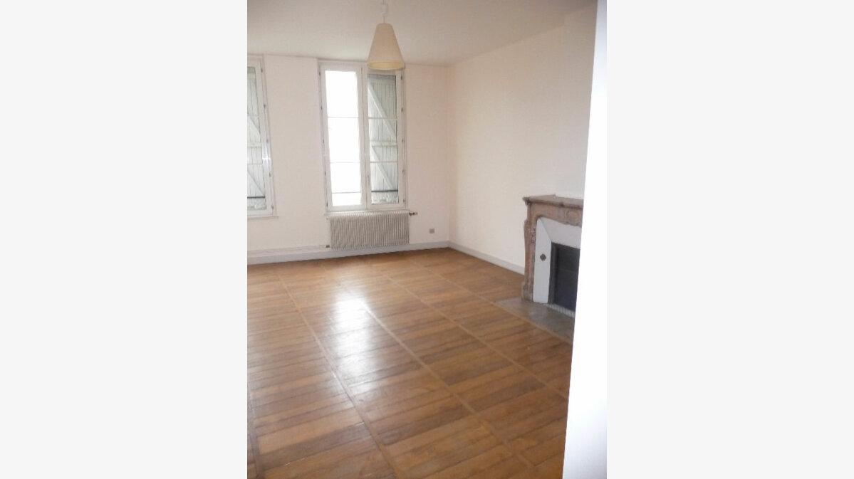 Achat Appartement 3 pièces à Bar-le-Duc - vignette-3