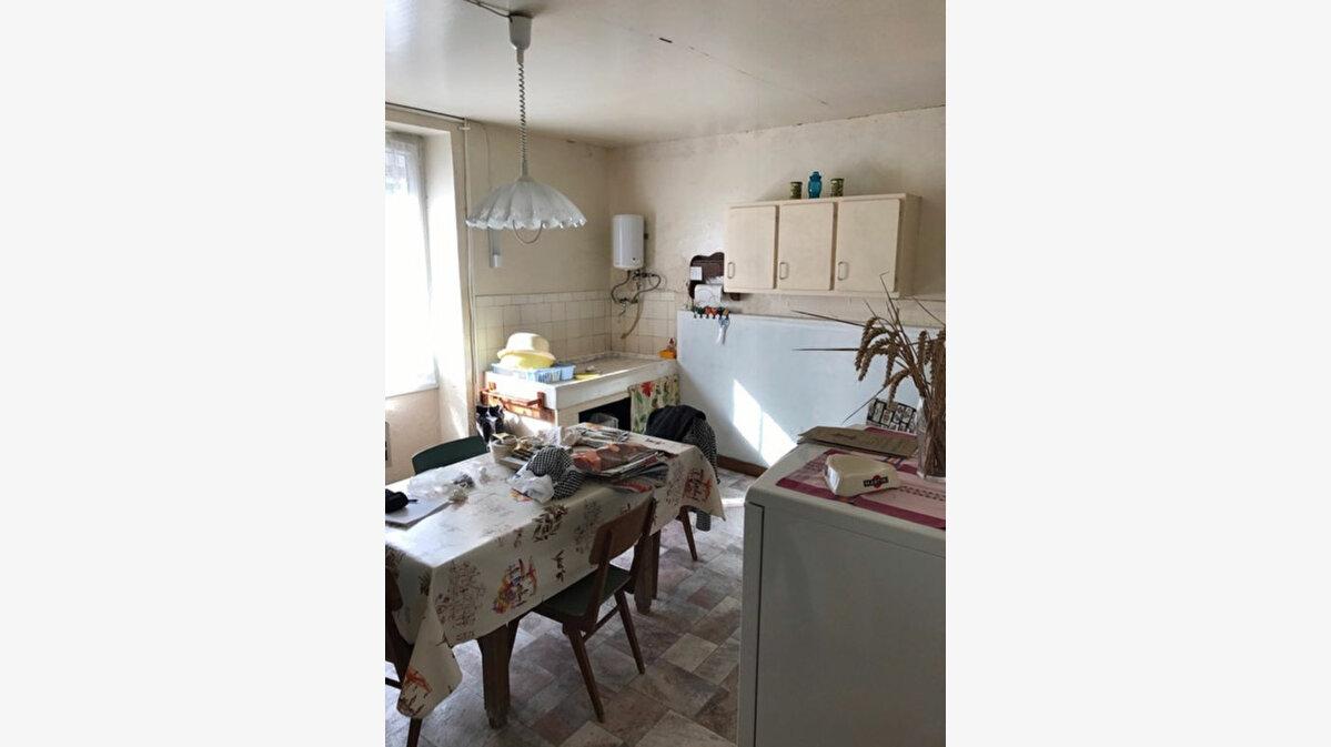 Achat Maison 5 pièces à Bazincourt-sur-Saulx - vignette-1
