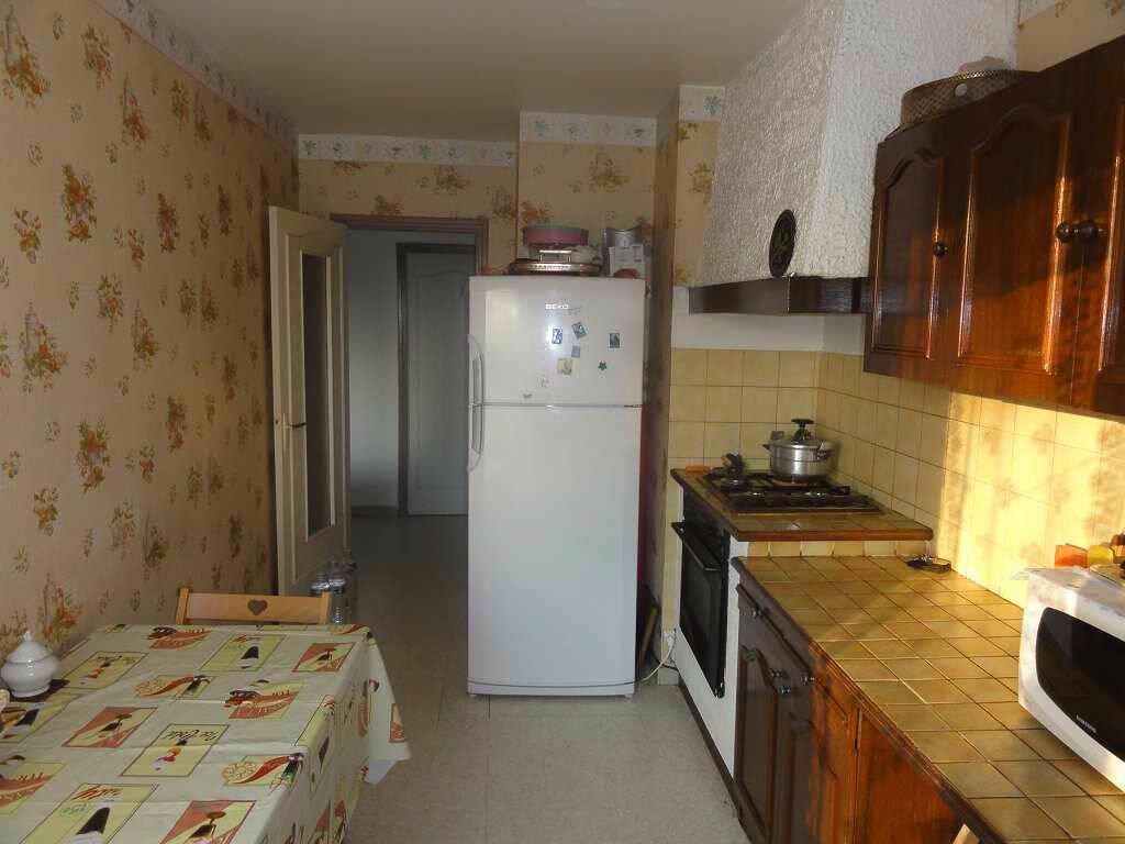 Achat Appartement 4 pièces à Nîmes - vignette-8