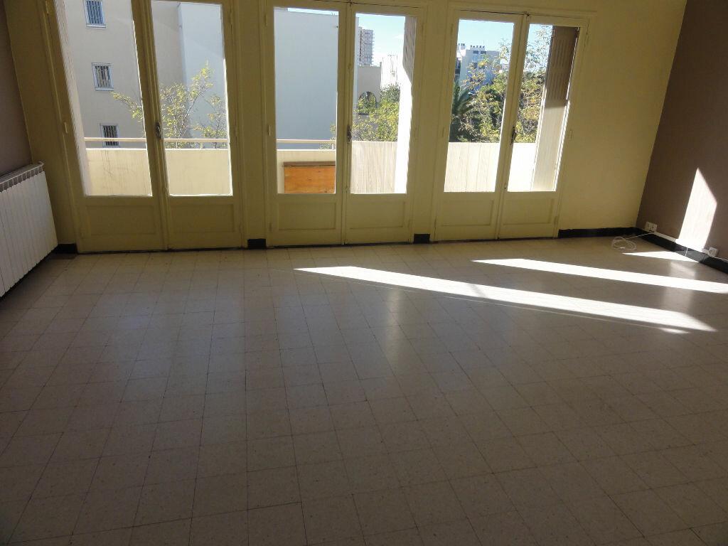 Achat Appartement 3 pièces à Montpellier - vignette-11