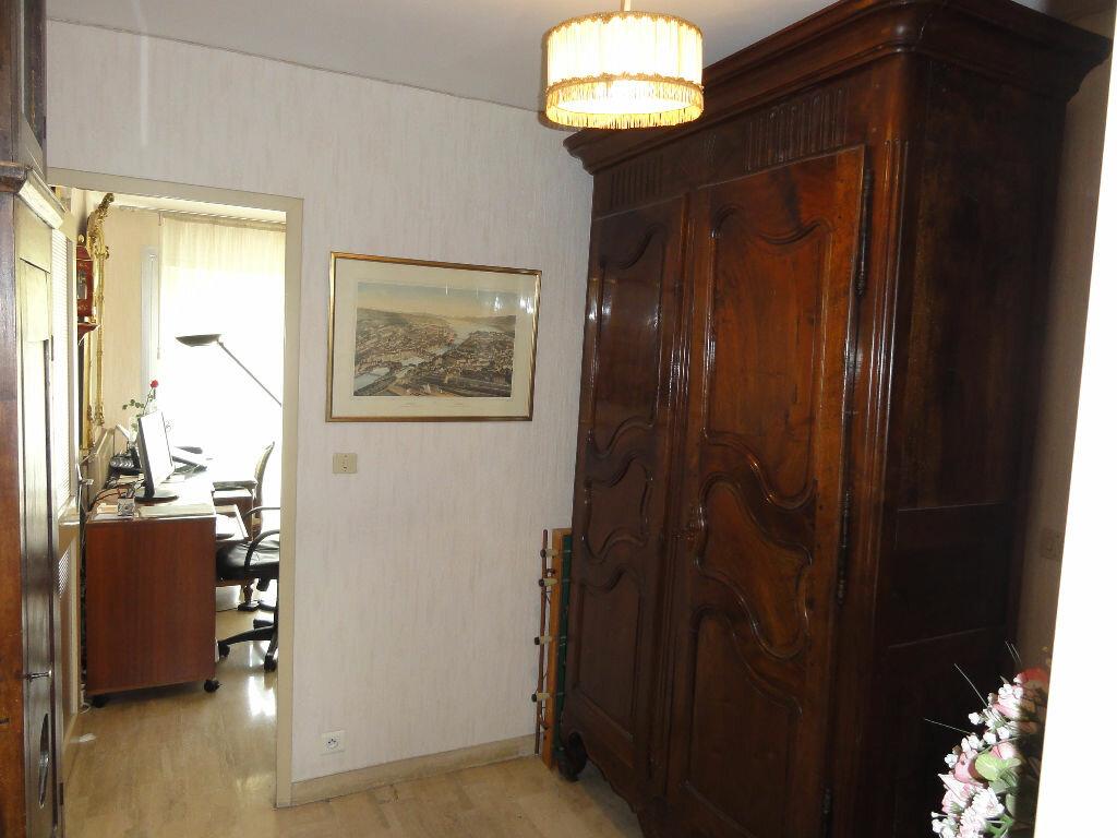 Achat Appartement 6 pièces à Montpellier - vignette-16