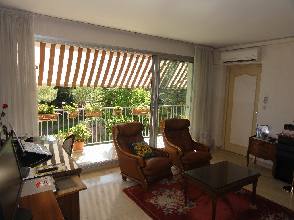 Achat Appartement 6 pièces à Montpellier - vignette-17