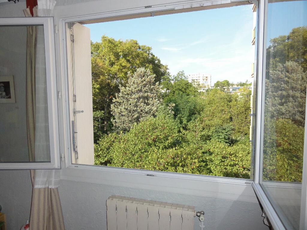 Achat Appartement 3 pièces à Montpellier - vignette-13