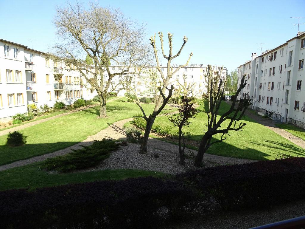 Achat Appartement 4 pièces à Montmorency - vignette-1