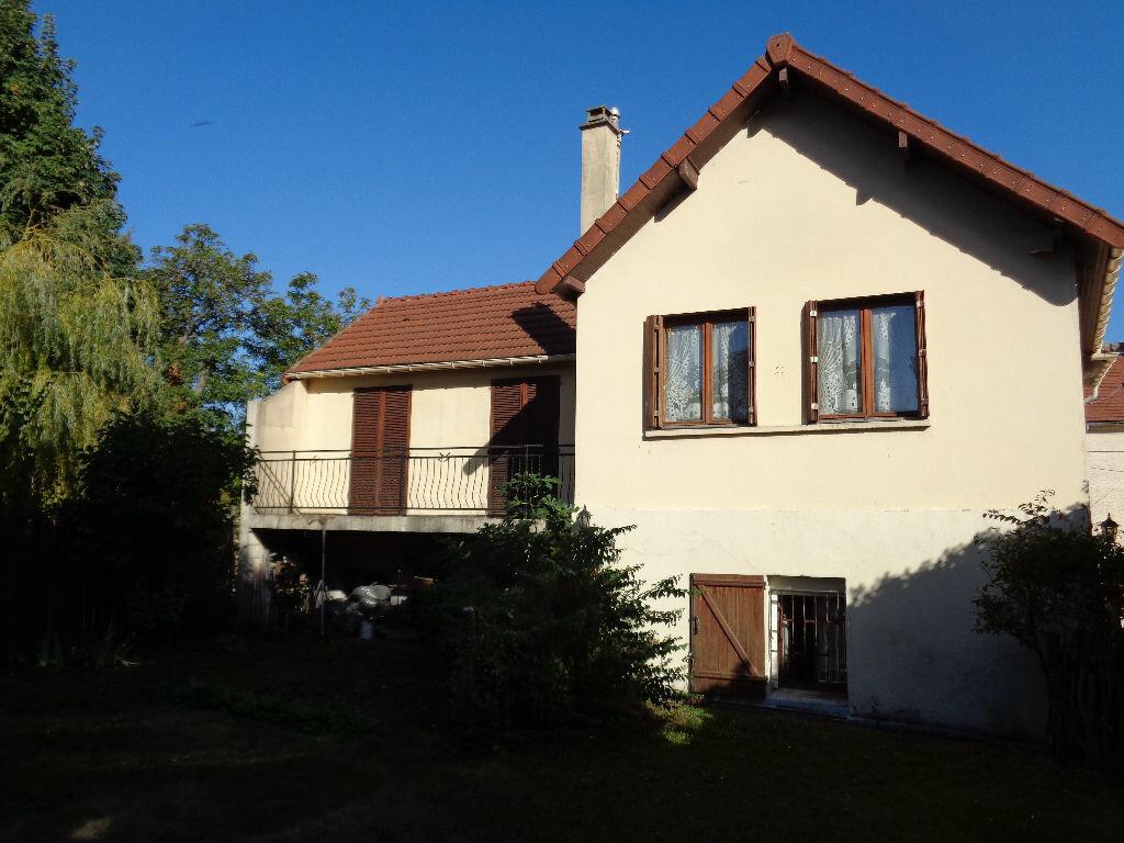 Achat Maison 8 pièces à Deuil-la-Barre - vignette-1