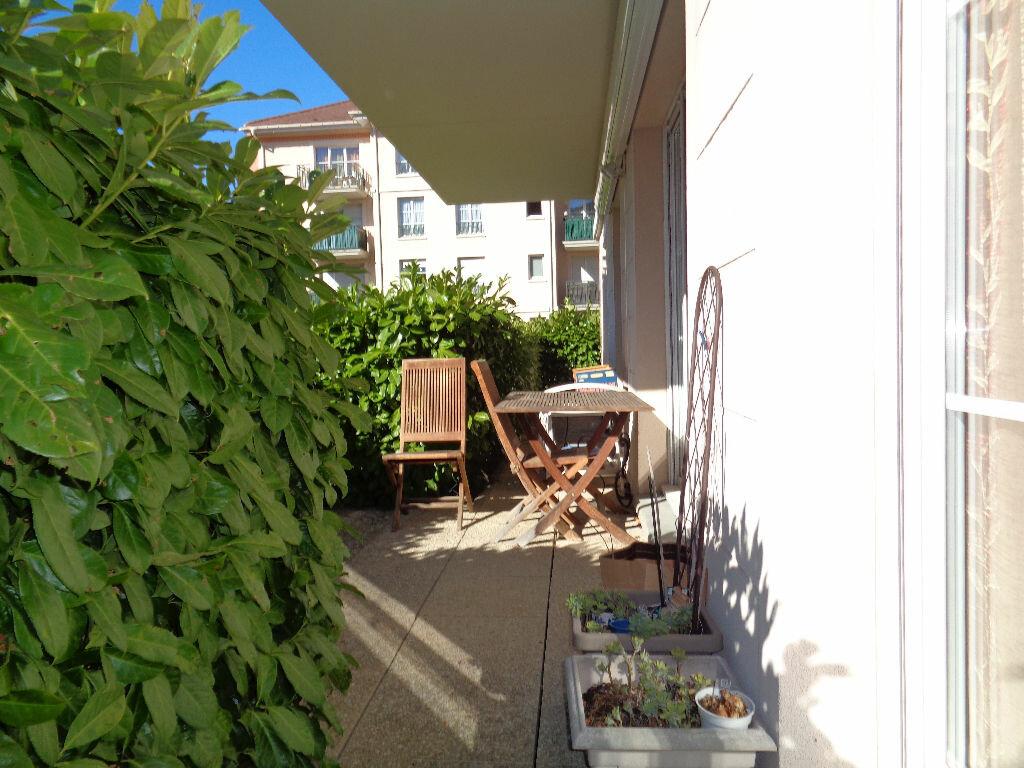 Achat Appartement 4 pièces à Montmagny - vignette-1
