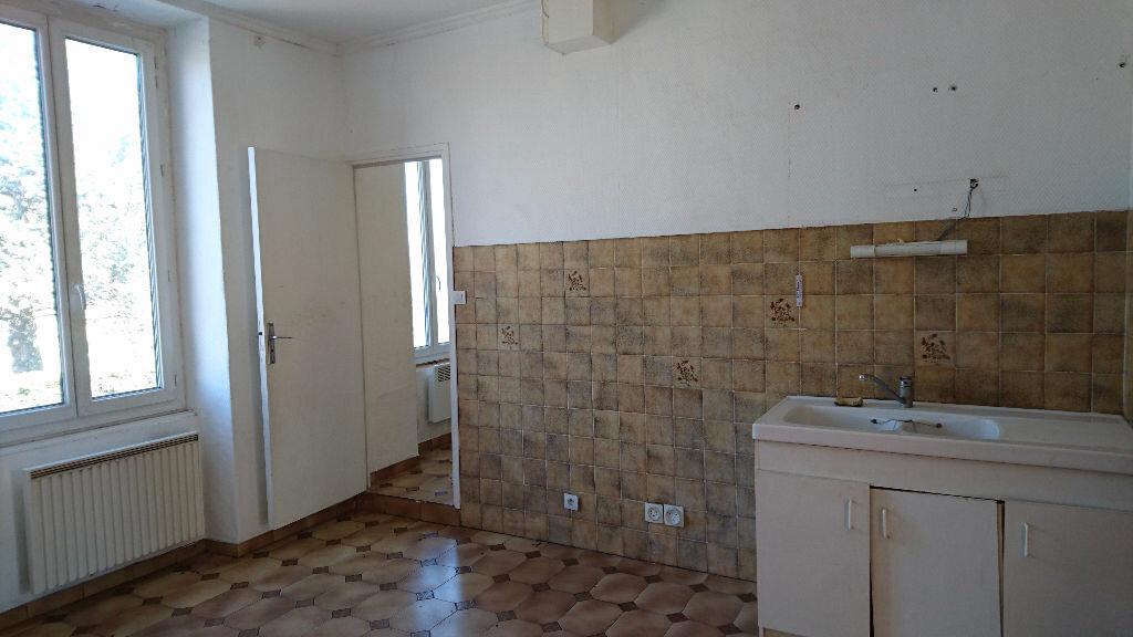 Achat Appartement 3 pièces à Le Teil - vignette-3
