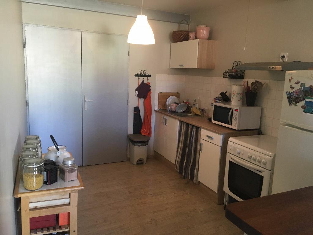 Location Appartement 2 pièces à Le Teil - vignette-1