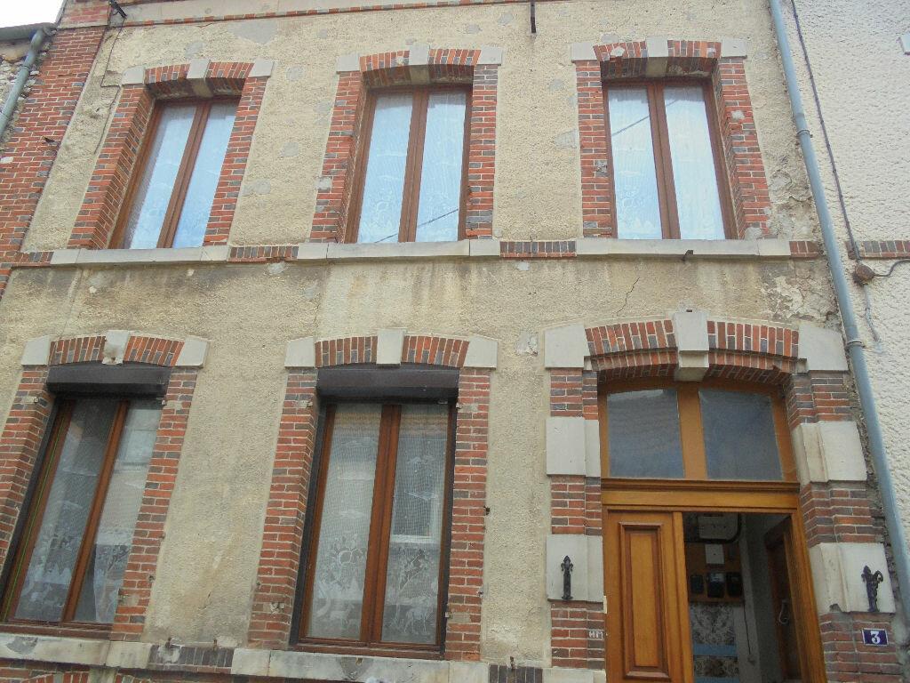 Achat Maison 4 pièces à Châtillon-sur-Marne - vignette-1