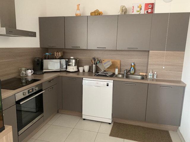 Location Appartement 3 pièces à Épernay - vignette-2