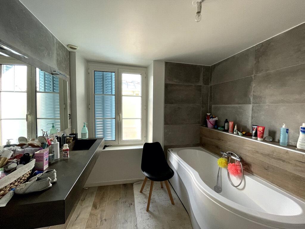 Achat Appartement 4 pièces à Épernay - vignette-5