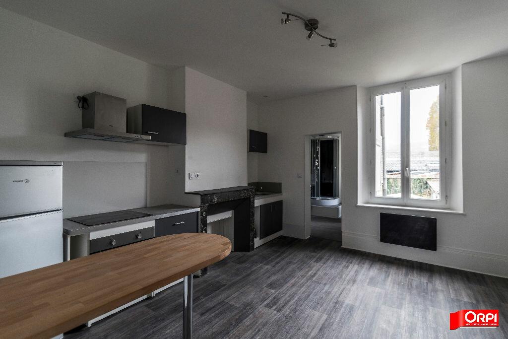 Location Appartement 1 pièce à Épernay - vignette-3