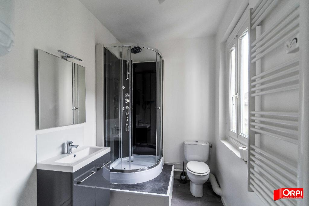 Location Appartement 1 pièce à Épernay - vignette-4